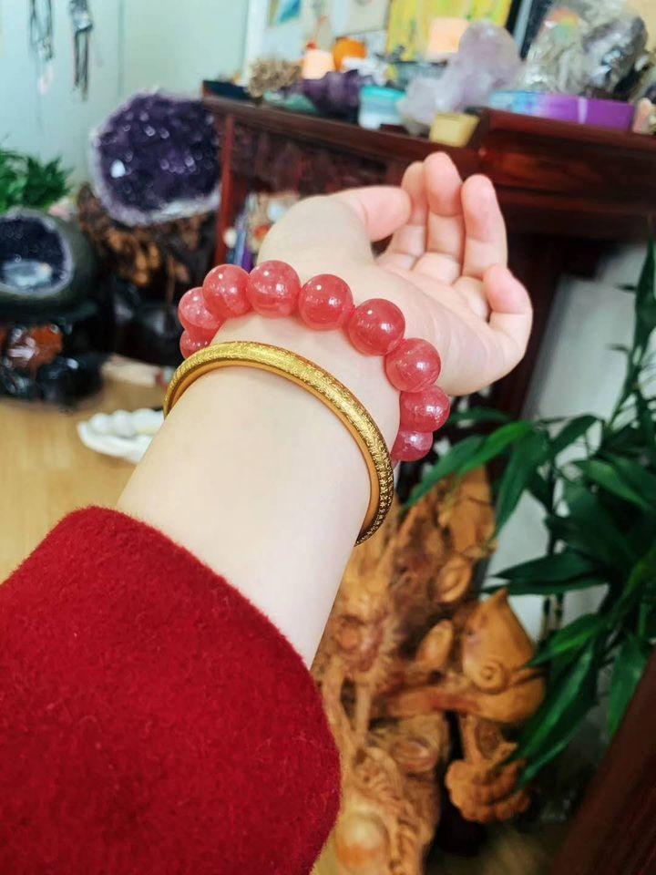 红纹石的功效与作用(红纹石是普通的珠宝吗)插图(20)